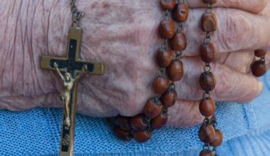 az-idosek-imaja-megmentheti-a-vilagot