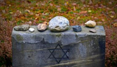 megtorni-a-hallgatast-emlekezzunk-a-holokausztra